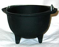 Cast Iron Cauldron 5″ dia